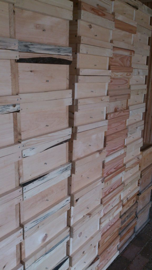 Kisten aus Holz - Unsere Beuten