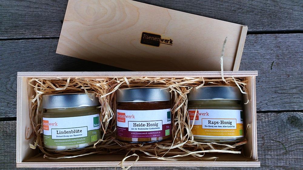 Erlesene Sortenhonig Auswahl 3 x 250 g Glas in der Holzschachtel